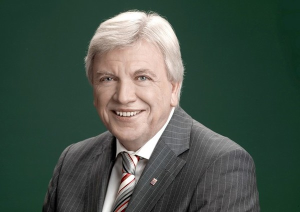<b>Volker Bouffier</b> (CDU), hessischer Ministerpräsident - Volker-Bouffier-Pressefoto