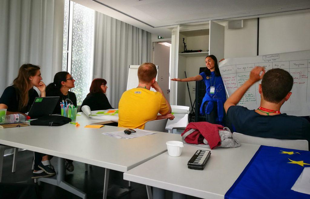 Diskussionsrunde in Strasbourg